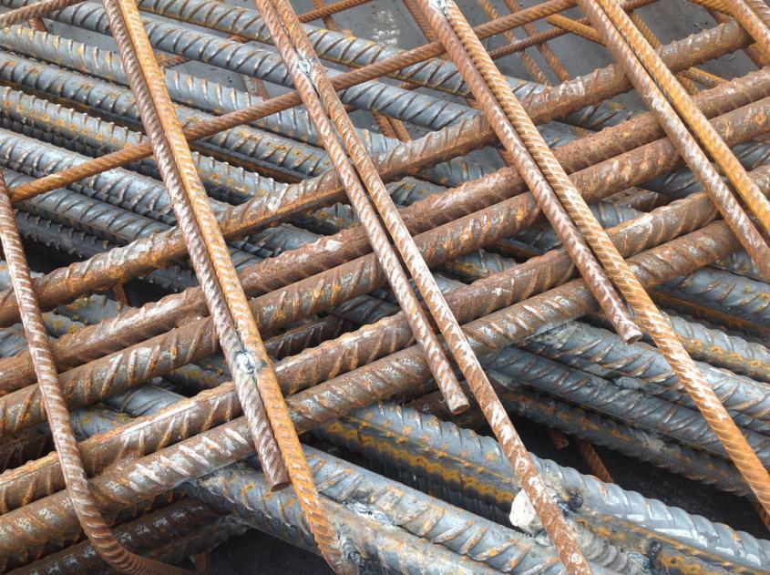 Construire de meilleurs ponts: un exemple d'excellents services de ferraille